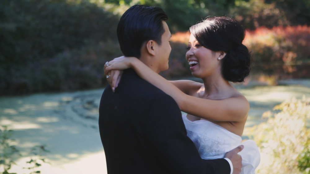 Lynda & Vince :: 8 Kinds of Smiles